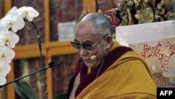 Dalay Lama təqaüdə çıxmaqda qətidir