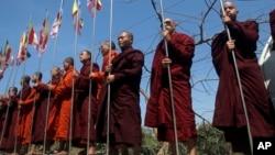 اقلیت مسلمان میانمار همواره با تبعیض و خشونت اکثریت بودایی روبرو بوده است