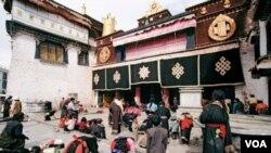 Lhasa Tsuglagkhang