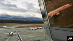 El avión en el incidente denunciado por Moscú viajaba a Ginebra con una delegación del Parlamento ruso. El encuentro con un avión militar ocurrió sobre espacio aéreo francés.