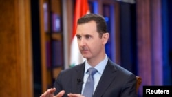 Presiden Suriah Bashar al-Assad saat diwawancarai saluran televisi Fox News di Damaskus, 19 September 2013 (Foto: dok).