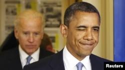 El presidente Barack Obama muestra su complacencia por la aprobación de las medidas para evitar el abismo fiscal.