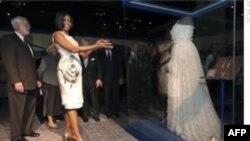 Michelle Obama Beyaz Tuvaletini Müzeye Bağışladı