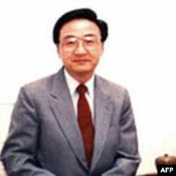 金融专家殷乃平教授