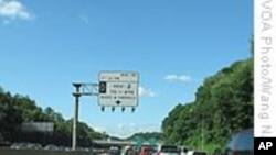 为防车祸美国多州立法禁止开车发短讯
