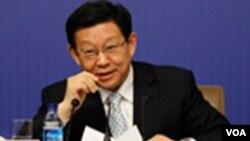 Bộ trưởng Thương mại TQ Trần Đức Minh nói Bắc Kinh sẽ giải quyết các mối quan tâm của Mỹ về việc làm giả các hàng hóa Mỹ và đảm bảo rằng các văn phòng chính phủ không sử dụng phần mềm sao chép lậu