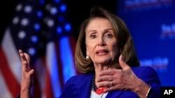 Temsilciler Meclisi Başkanı Demokrat Nancy Pelosi Başkan Trump'ın duvar projesine en sert karşı çıkan isimlerden biri.