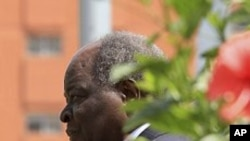Kibaki: Al-Shabab Khatar ayey ku Tahay Amniga Kenya
