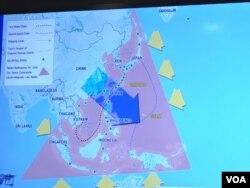 专家以谷歌截图说明台湾战略地位 (美国之音钟辰芳拍摄 )