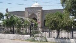 Qirg'izistonda parlament saylovlari oldidan dinga e'tibor past - Muhiddin Zarif