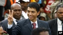 Acting Madagascar President Andry Rajoelina (file photo)
