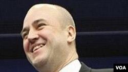 Perdana Menteri Swedia Fredrik Reinfeldt mengatakan bersedia untuk memimpin pemerintahan minoritas dan berencana meminta dukungan dari Partai Hijau.
