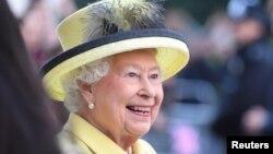 ملکه الیزابت دوم ۹۰ ساله است.
