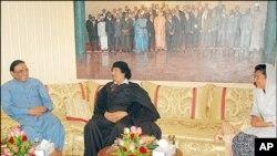 قذافی کی موت پر پاکستان میں ملا جلا ردعمل