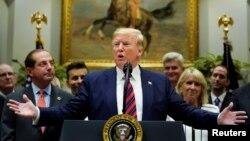 Predsednik Donald Tramp govori u Beloj kući, 9. maj 2019.