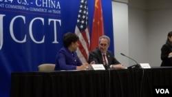 美国商务部长普里茨克和贸易代表弗罗曼称JCCT成果丰硕(美国之音黎堡摄影)