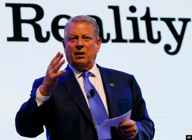 Former U.S. Vice President Al Gore addresses participants during a three-day climate change training and workshop on how best to address the effects of global climate change on March 14, 2016 in suburban Pasay city, south of Manila, Philippines.