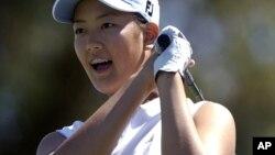 韩裔美籍高尔夫职业女球员魏圣美