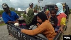 Beberapa Perda di Indonesia dinilai masih belum memberi kemerdekaan berekspresi dan perlindungan hukum yang sama kepada perempuan.