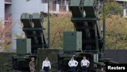 日本國防部部署在東京周邊的愛國者PAC-3導彈。