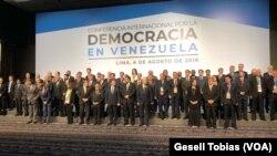 A invitación del Grupo de Lima, 59 países se reúnen en la Conferencia Internacional por la Democracia en Venezuela, en busca de una salida a la crisis en el país caribeño.