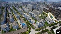鸟瞰温州市的公寓居住区(2011年7月24日)