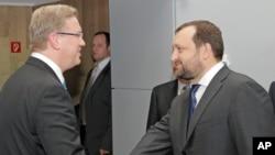 Штефан Фюле и Сергей Арбузов