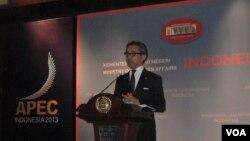 Ngoại trưởng Indonesia Marty Natalegawa nhấn mạnh các nước ASEAN phải thành lập một mặt trận thống nhất về vấn đề Biển Đông.