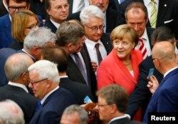 Kanselir Jerman Angela Merkel dalam sidang parlemen Jerman, Bundestag, Berlin (foto: dok).