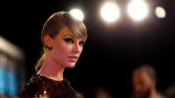 Top 5 Billboard: Taylor Swift phá vỡ chuỗi thống trị của Luis Fonsi & Justin Bieber