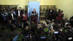 Ban Ki-moon s'exprime lors d'une conférence de presse en Algérie, le 5 mars 2016. (AP Photo/Toufik Doudou)