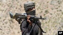 На фото: боєць Талібану