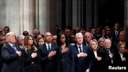 პრეზიდენტები და პირველი ლედები - დონალდ ტრამპი, ბარაკ ობამა, ბილ კლინტონი და ჯიმი კარტერი.