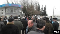 Müsavat Partiyasının başqanı İsa Qəmbərin avtomobili polis postunda saxlanıb