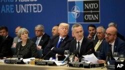 دونالد ترمپ خواستار سهم بیشتر اعضای ناتو در پرداختن هزینه های دفاعی آن سازمان است.
