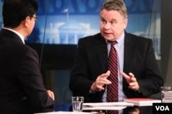 美国联邦众议员、国会及行政部门中国委员会联席主席克里斯·史密斯先生接受美国之音采访 (美国之音常晓)