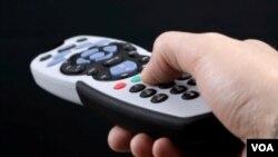 Los televidentes podrían navegar la web en sus televisores con la ayuda de nueva tecnología.