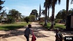 Jardim da cidade da Gabela no Kwanza Sul