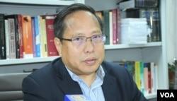 身兼香港支聯會及中國維權律師關注組主席的何俊仁。(美國之音湯惠芸拍攝)