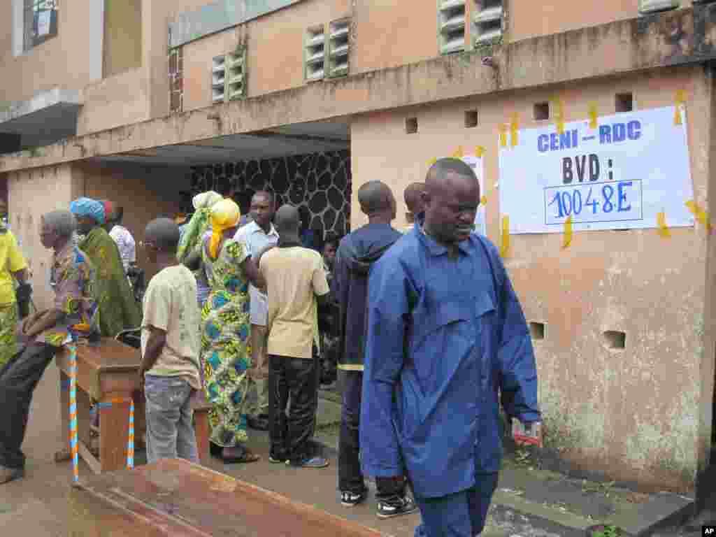 Election Day 2 DRC Kinshasa 28 novembre 2011 NICOLAS PINAULT VOA