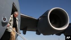 El secretario de Defensa de Estados Unidos, Chuck Hagel, visita Pakistán.