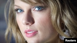 FILE - Taylor Swift