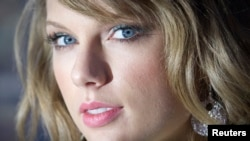 FILE - Taylor Swift.