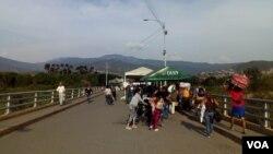 Según Migración Colombia, el puente fronterizo Simón Bolívar se encuentra el miércoles festivo en plena normalidad.