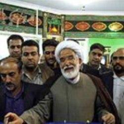 وقايع روز: مراسمِ چهارشنبه سوری بهمراه رقص و پايکوبی و نيز راه پيمايی معترضان در ميان تدابير شديد امنيتی در ايران برگزار شد