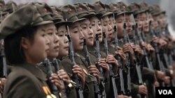 Militer Korea Utara diduga mengatur rapat-rapat umum yang mengutuk pejabat Korsel.
