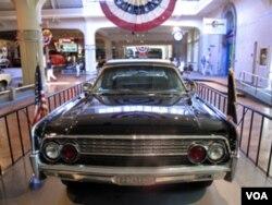 肯尼迪遇刺时轿车(后改装)现存亨利福特博物馆