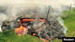 미국 하와이 빅아이랜드에 있는 킬라우에아 화산이 지난 6월 27일부터 분화하기 시작한 가운데, 하와이 주당국이 긴급 대피령을 내렸다. 25일에 공개된 킬라우에아 화산 모습.
