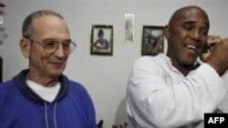 Küba Hapiste Tuttuğu Siyasi Tutuklulardan İkisini Daha Bıraktı