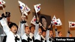 안중근 의사를 추모하는 한국의 어린이 합창단(자료사진)